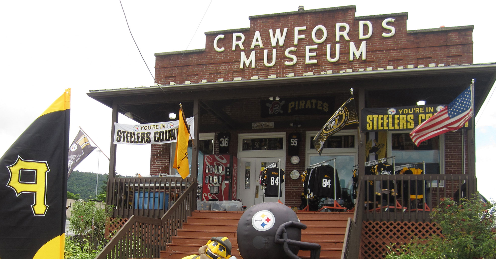 Crawford's Gift Shop is the Perfect PA Day Trip Travel Destination in Breezewood, PA!